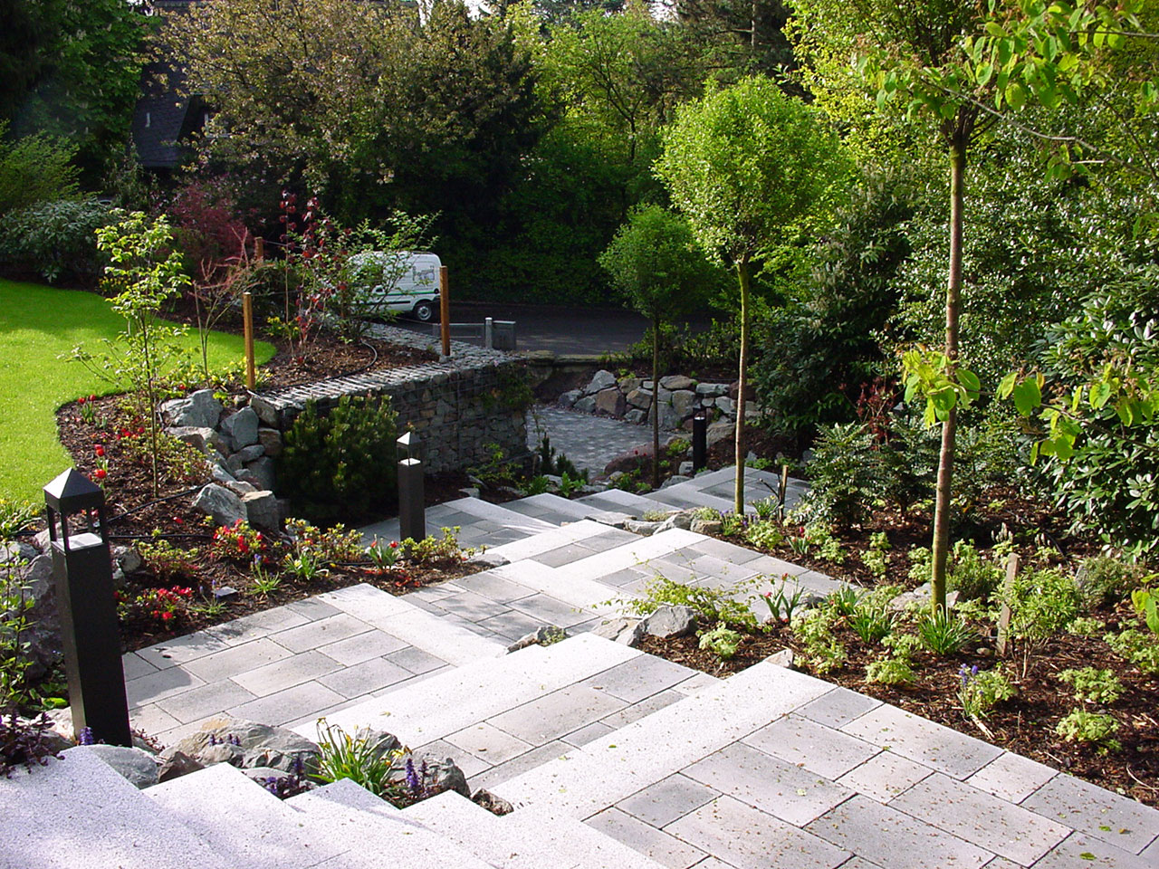 pflaster plattierungsarbeiten will garten und landschaftsbau in essen. Black Bedroom Furniture Sets. Home Design Ideas